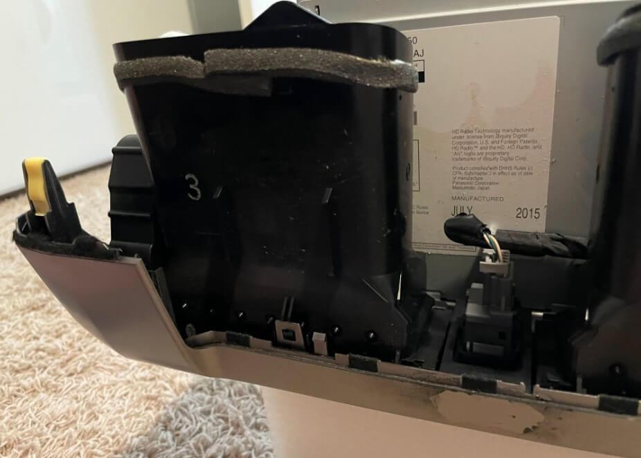remove left vent