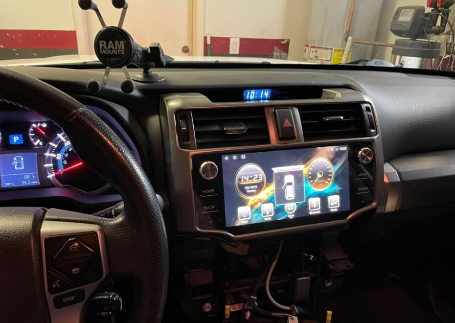 T10 android unit powered on in 2016 toyota 4runner
